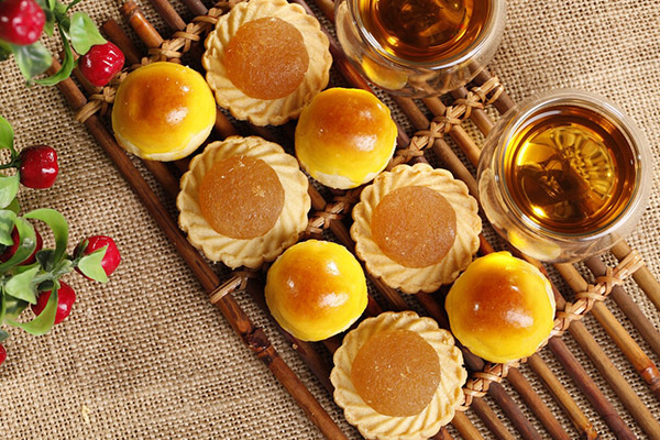 KELE-Traditional-Pineapple-Tarts